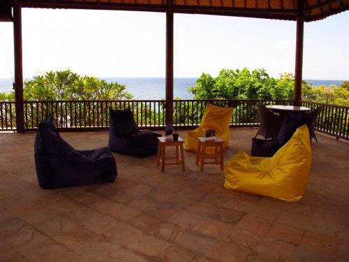 Bali-diversity-PADI-resort-dive-center-chill-out-terrace-surface-interval